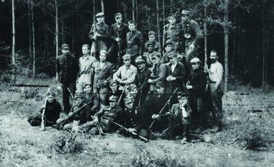 Oddział samoobrony na Wołyniu. Fot. NAC