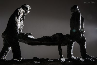 "THE ""BLUES"", BRONZE 2001"