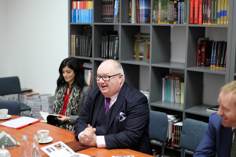 Sir Eric Pickles with his assistant Natalie Tamam (fot. Marcin Jurkiewicz/IPN)