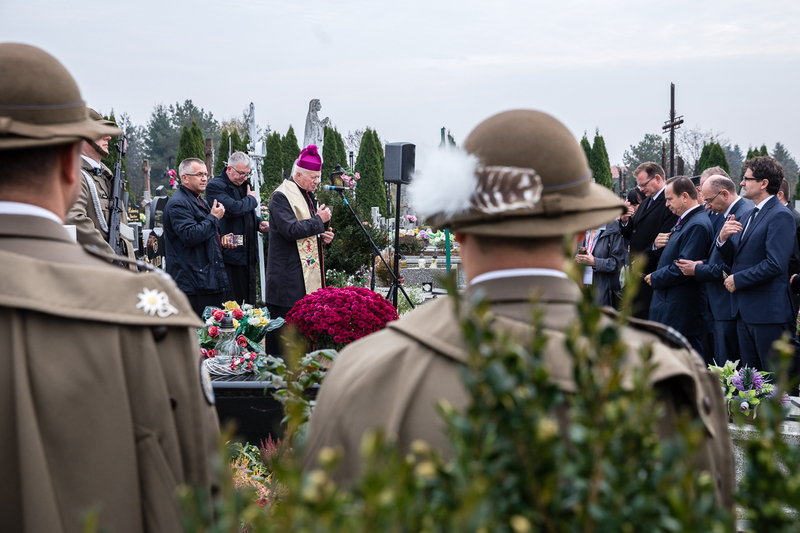 At the grave of the Ulma Family in Markowa – 19 October 2019. Photos: Sławek Kasper (IPN) At the grave of the Ulma Family in Markowa – 19 October 2019. Photos: Sławek Kasper (IPN)