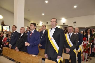 Prezes IPN dr Jarosław Szarek podczas mszy św. jubileuszowej pod przewodnictwem ks. bp. Edwarda Frankowskiego